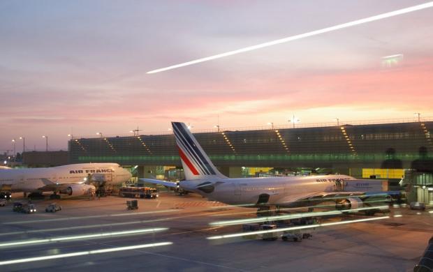 Сколько лететь до Парижа. Парижские аэропорты