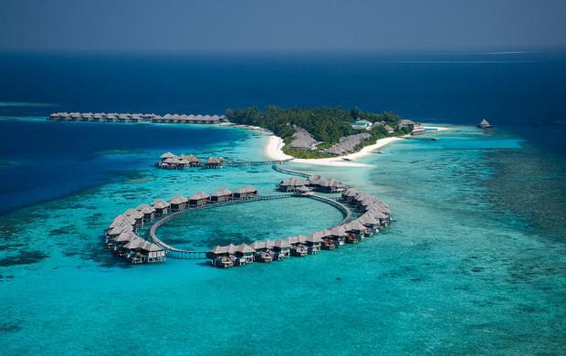 Сколько стоит путевка на Мальдивы