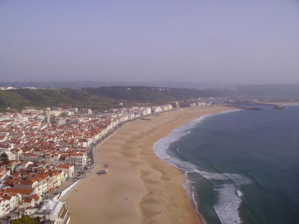 пляж Прайя-да-Роша в Португалии
